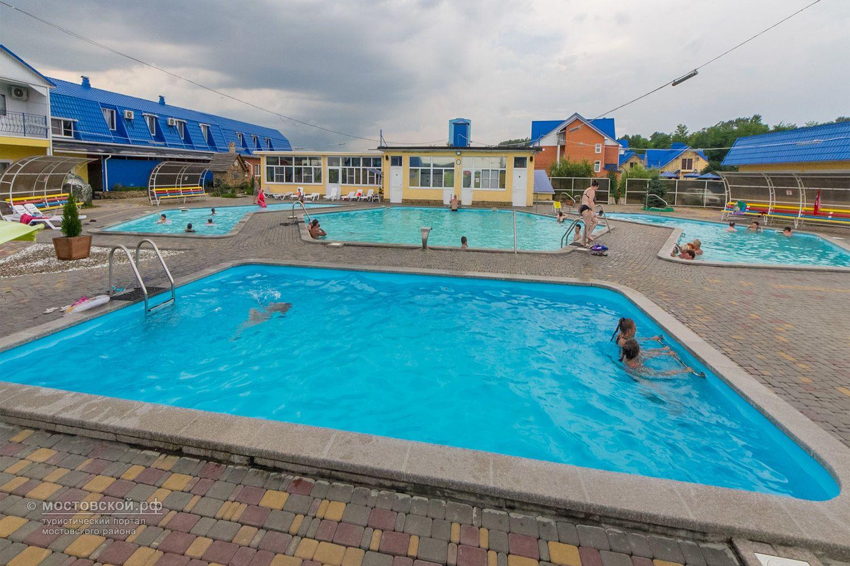 другим знаменитостям, московский район аква вита фото ураза-байрама